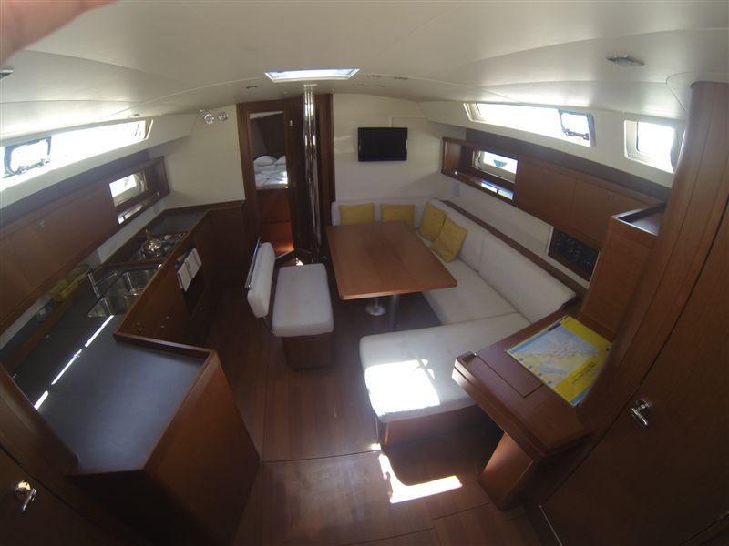 Oceanis 45 (Teran) Interior image - 7