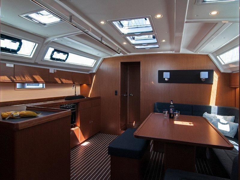 Bavaria Cruiser 46 (Adria Myriam) Interior image - 1