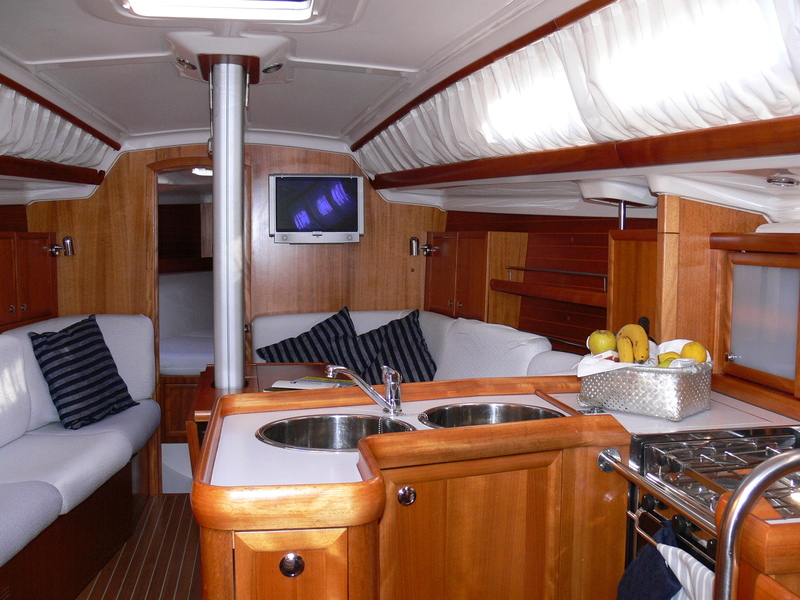 Elan Performance 37 (Sailway Uno) Interior image - 6