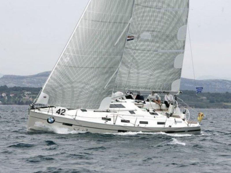 Bavaria 40 Cruiser S (Hurricane)  - 1