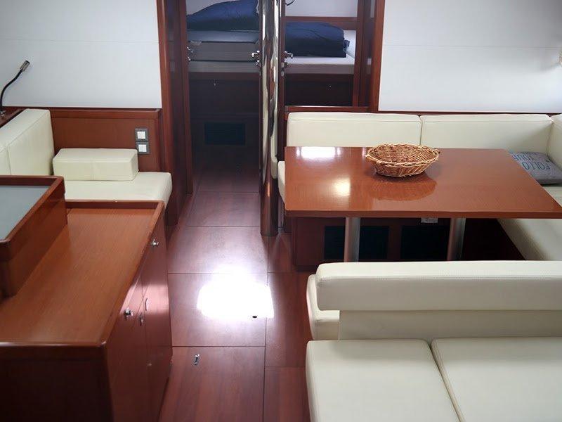 Oceanis 55 (Dreamer) Interior image - 1