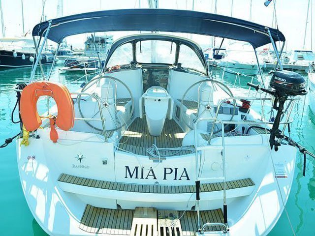 Sun Odyssey 39i (Mia Pia) Main image - 0