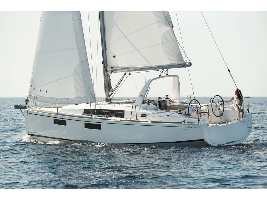 Oceanis 35.1 (Europa) Main image - 0