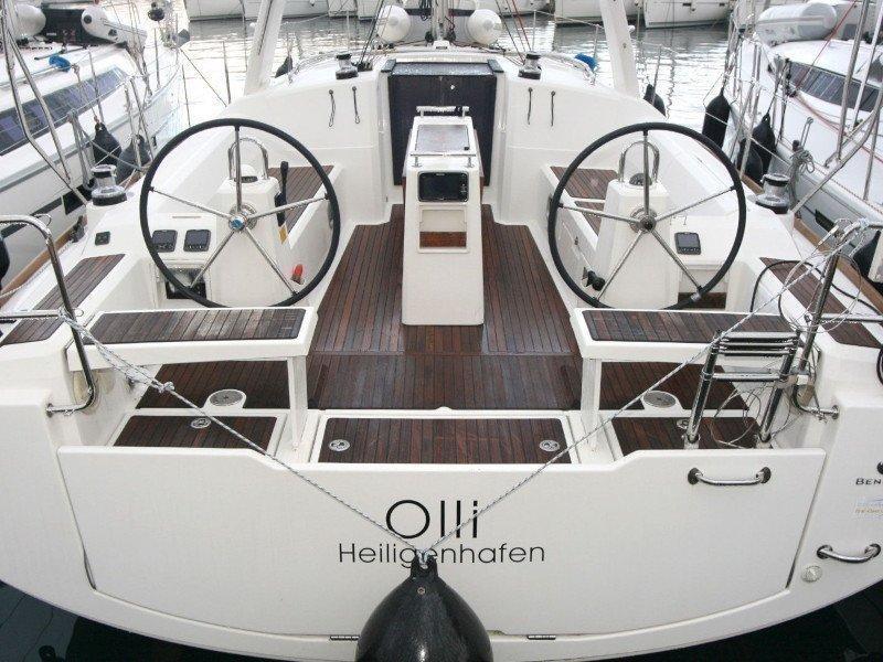 Oceanis 38 (Olli)  - 3