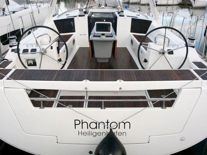 Oceanis 45 (Phantom)  - 4