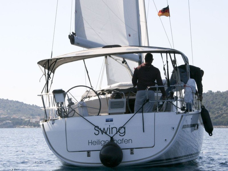 Bavaria Cruiser 37 - 2 cab (Swing)  - 5