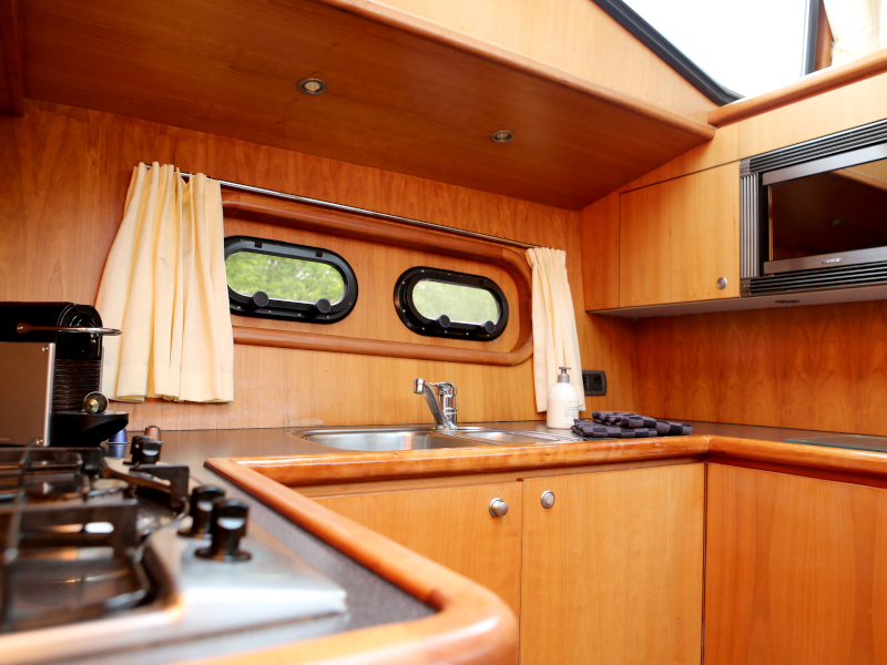 Pacific Allure 155 (Royal)  - 21
