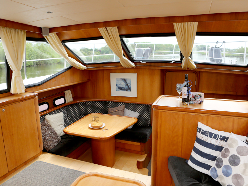 Pacific Allure 155 (Royal) Interior image - 31
