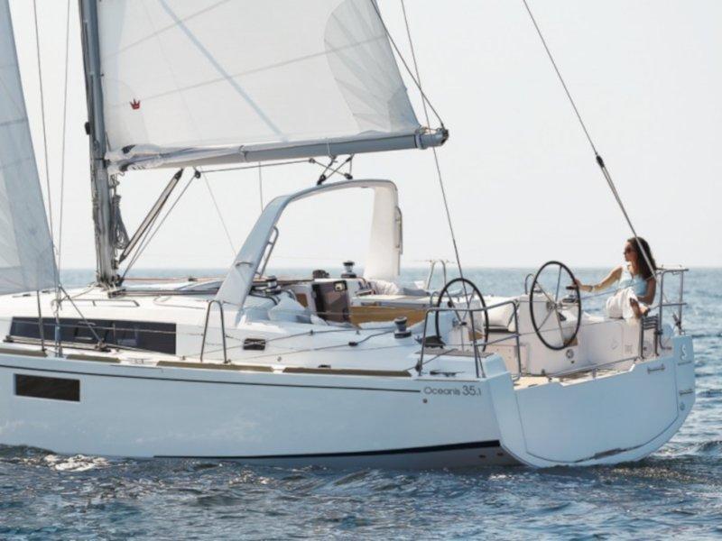 Oceanis 35.1 (Altamarea) Main image - 0