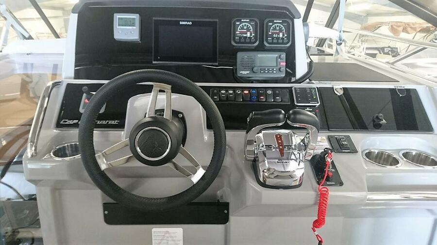 Jeanneau Cap Camarat 10.5 WA (Jeanneau Cap Camarat 10.5 WA) instruments cockpit - 8