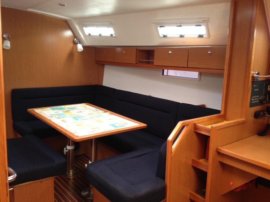Bavaria 40 Cruiser (Why not 8) Interior image - 10