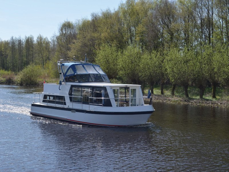 Safari Houseboat 1050 Charter In Netherlands Name Lady Love