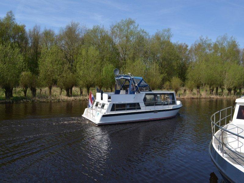 Safari Houseboat 1050 (Lady Love)  - 1
