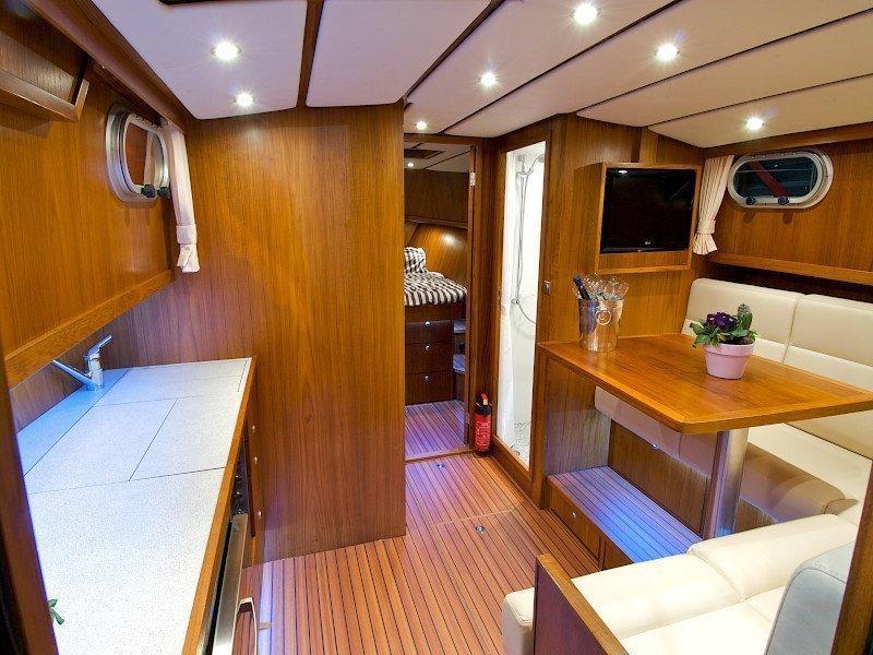 Bravoure 34 Cabrio (Drait 140) Interior image - 2