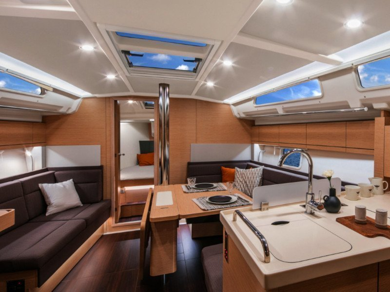 Hanse 418 (Blue Eagle) Interior image - 10