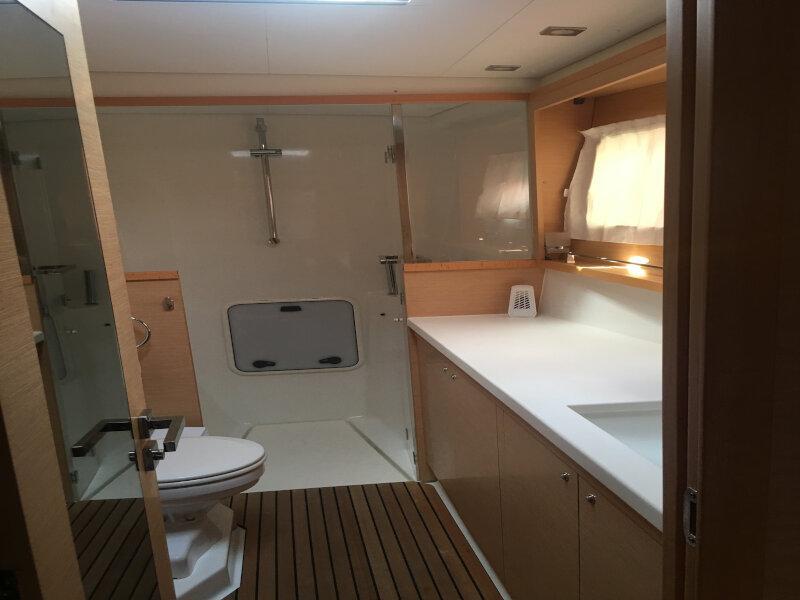 Lagoon 450 sporteck 3 cabin (Aitana)  - 19