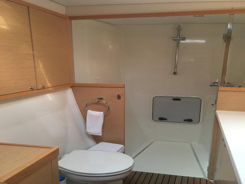 Lagoon 450 sporteck 3 cabin (Aitana)  - 23