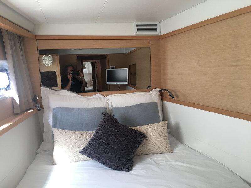 Lagoon 450 sporteck 3 cabin (Aitana)  - 11