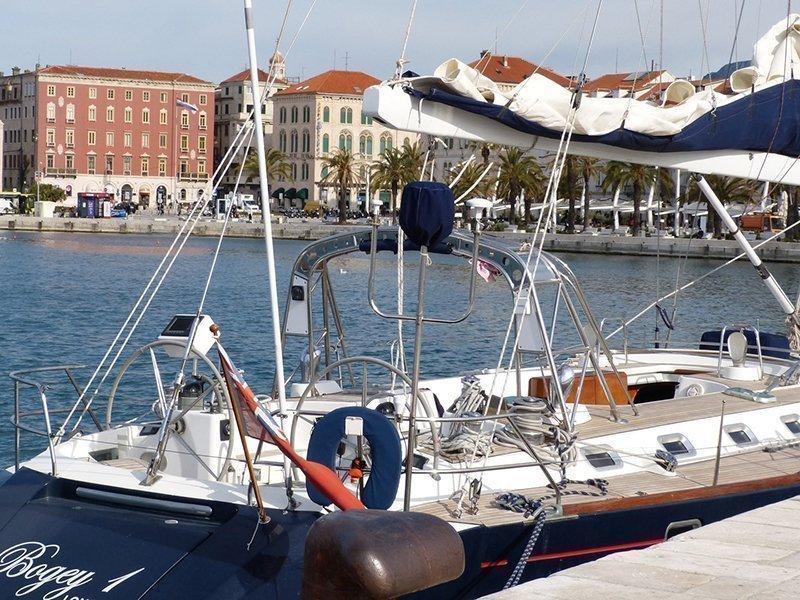 Beneteau 62 (Bogey 1 - skipper included in price)  - 9