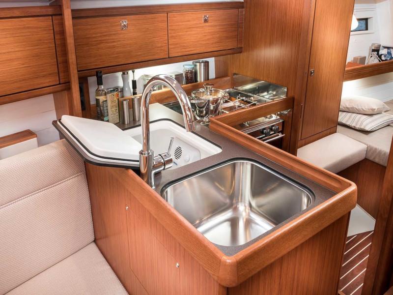 Bavaria Cruiser 34 Style (Lena)  - 5