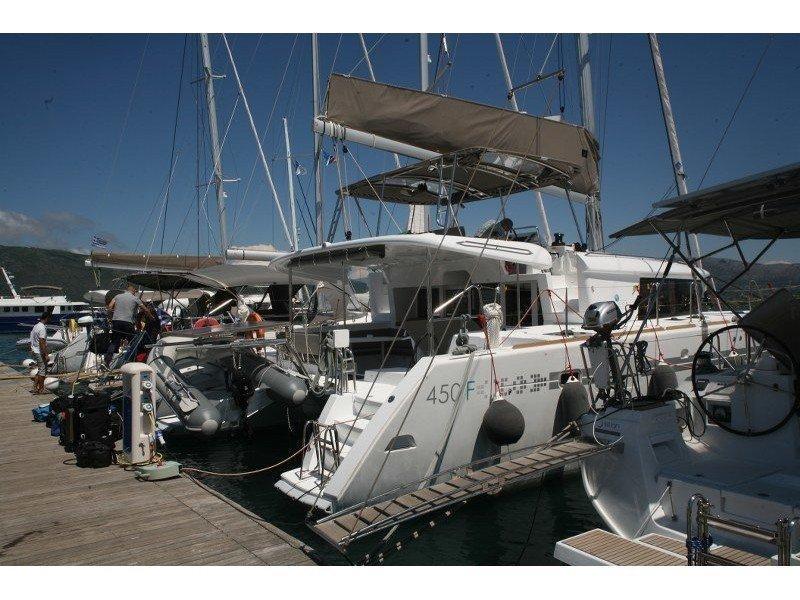 Lagoon 450  Flybridge (Athina (A/C - Generator)) Main image - 4