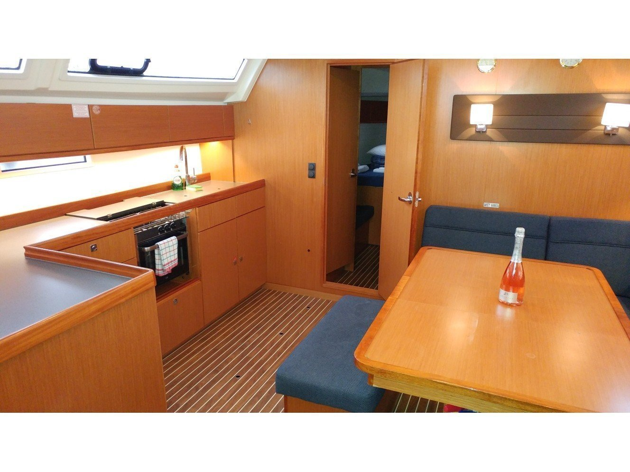 Bavaria 46 Cruiser (EFI) Interior image - 5