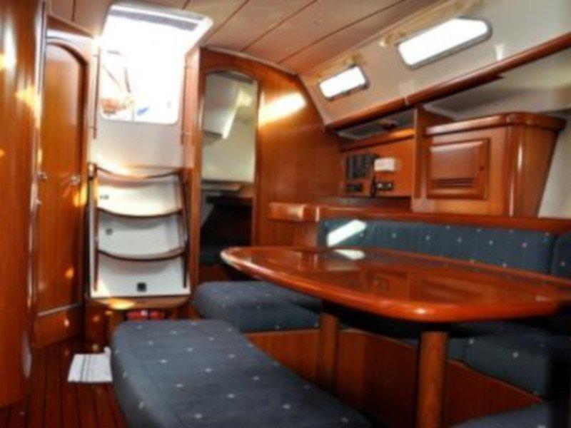 Oceanis 393 Clipper (Anita) Interior image - 2
