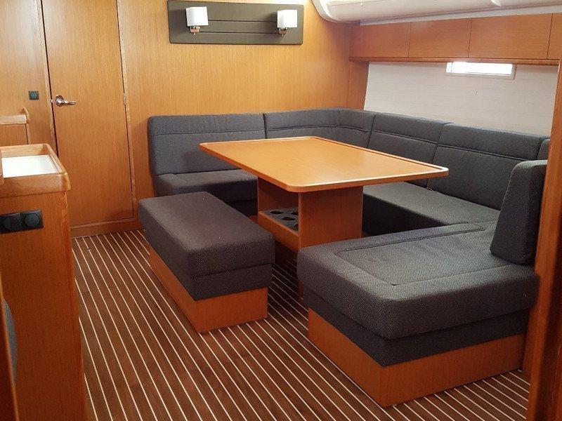 Bavaria Cruiser 51 (Vickan) Interior image - 7