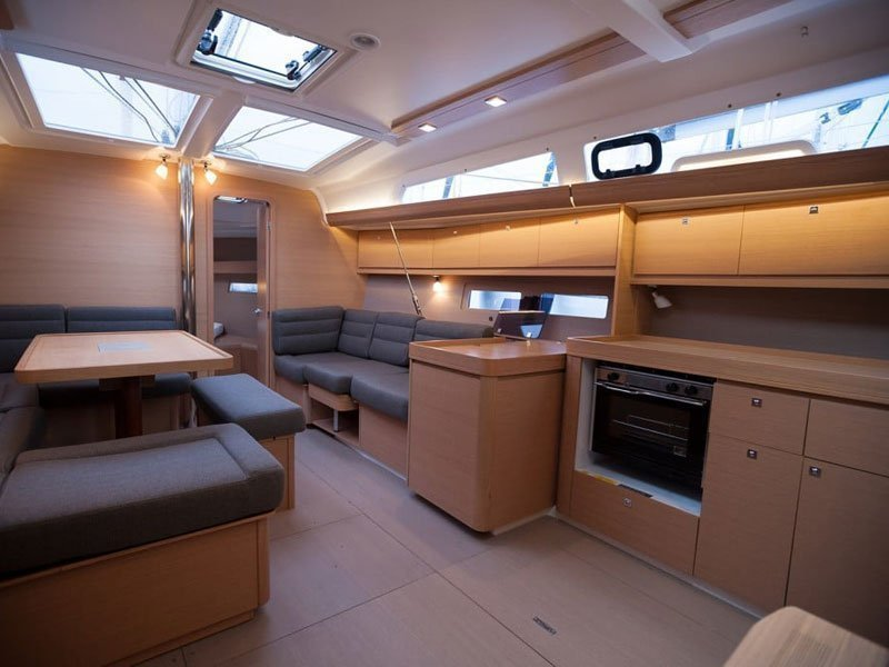 Dufour 410 Grand Large (Anemos) Interior image - 1