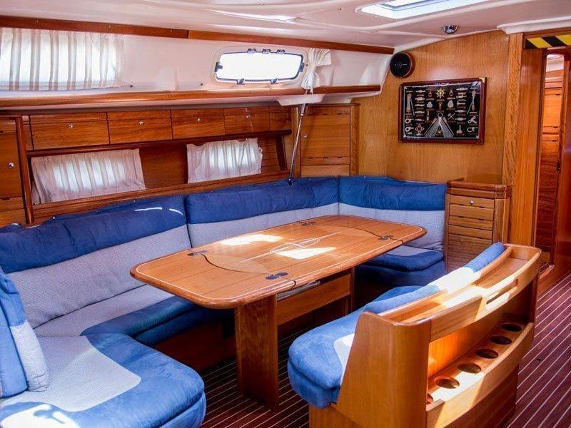Bavaria 50 Cruiser (Jo Mistral) Interior image - 2