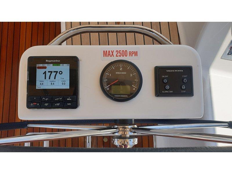 Dufour 430 Grand Large (Largo)  - 12