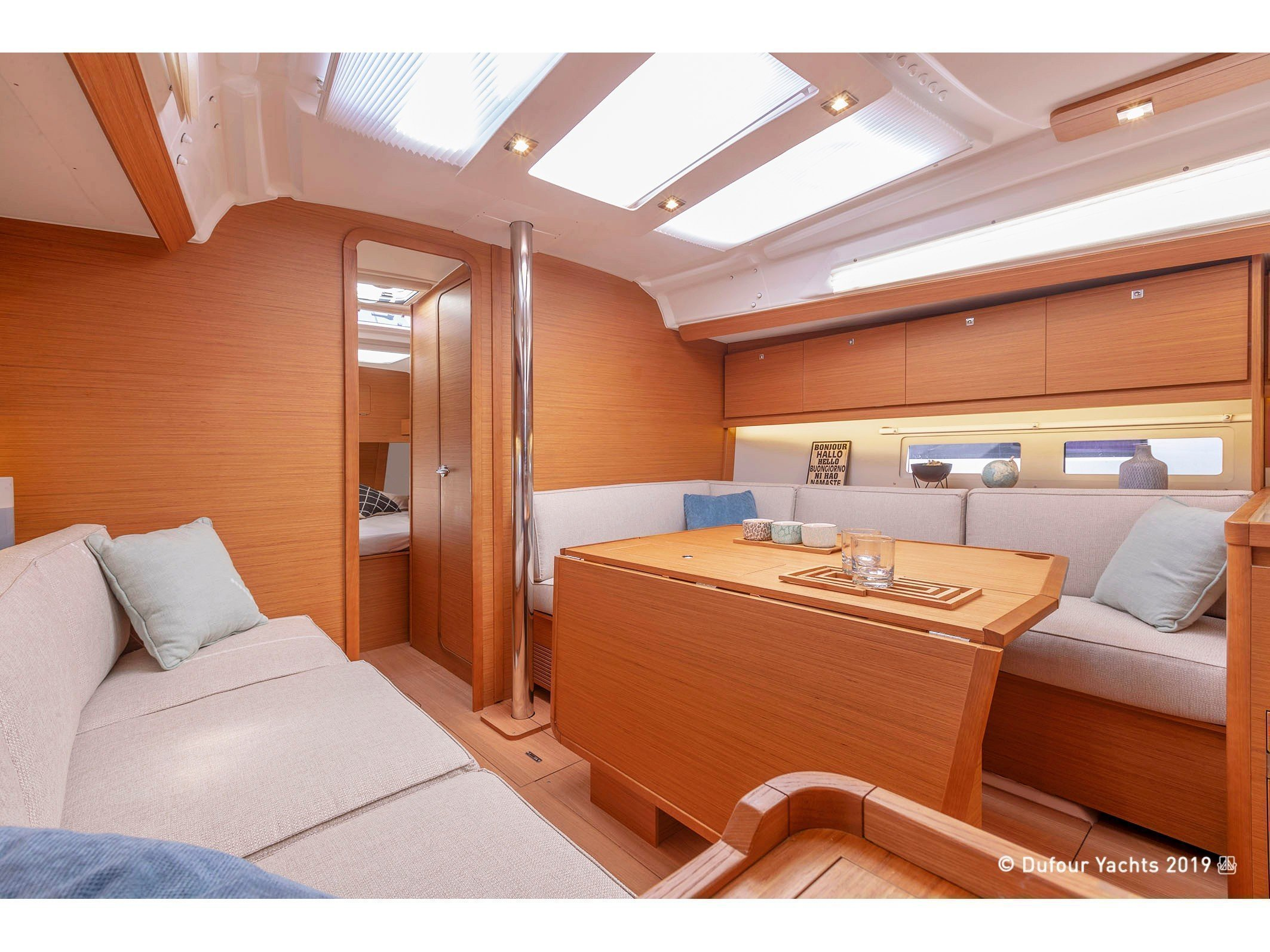 Dufour 390 Grand Large (Gin Fizz) Interior image - 1