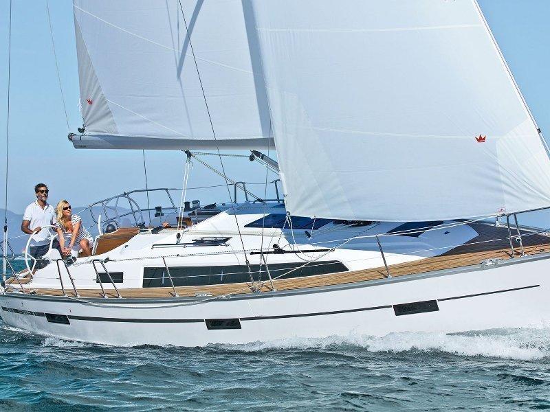 Bavaria Cruiser 37 (Tom) Main image - 0
