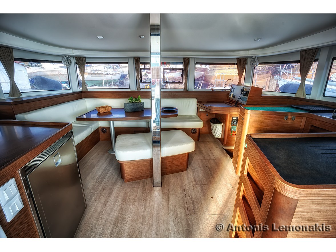 Lagoon 42 (Winny (skippered only)) Interior image - 1