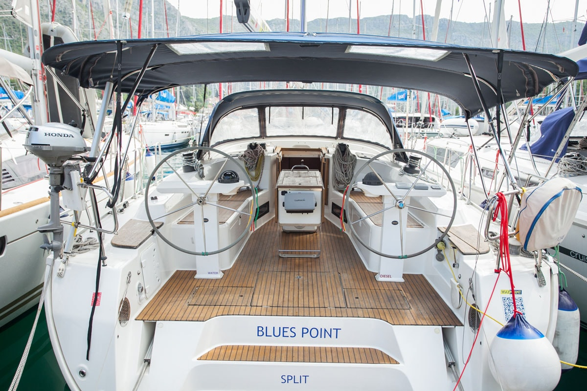 Bavaria Cruiser 45 (Blues Point)  - 4