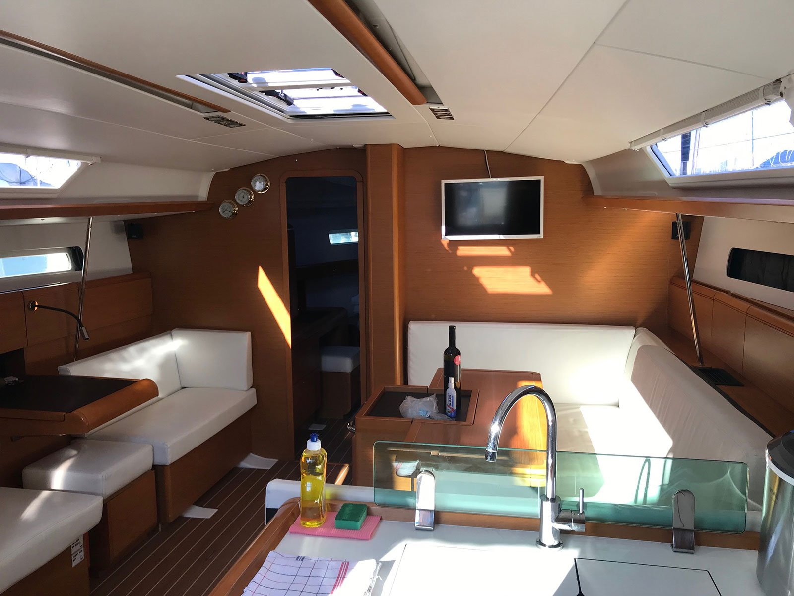 Sun Odyssey 449 owner version (SPRING SONG) Interior image - 8