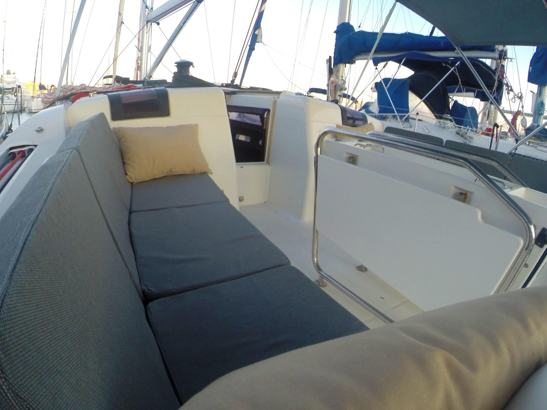 Sun Odyssey 439 (Esquitx) Deck cushions detail - 21