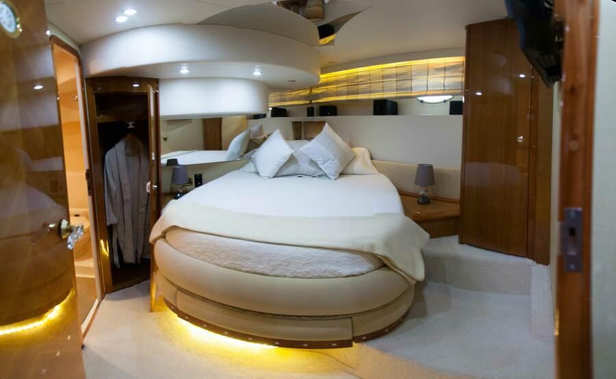 Azimut 58 (Poseidon) VIP cabin - 4