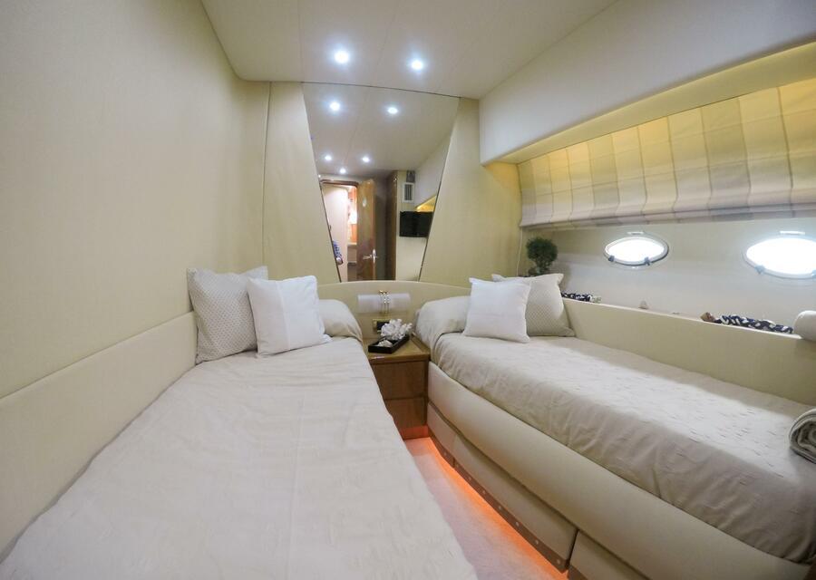 Azimut 58 (Poseidon) Twin cabin - 15
