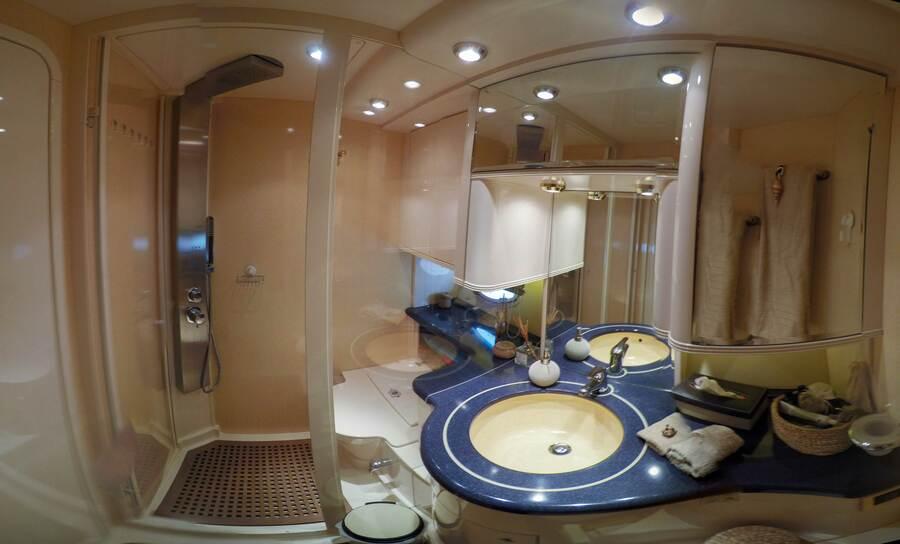 Azimut 58 (Poseidon) wc master - 5