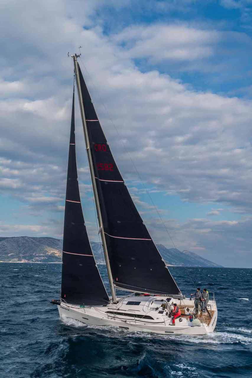 X-Yacht 4-3 (XAVIERA )  - 3