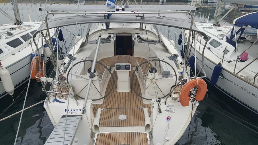 Bavaria 40 (Juliana - Bavaria 40 Cruiser)  - 12