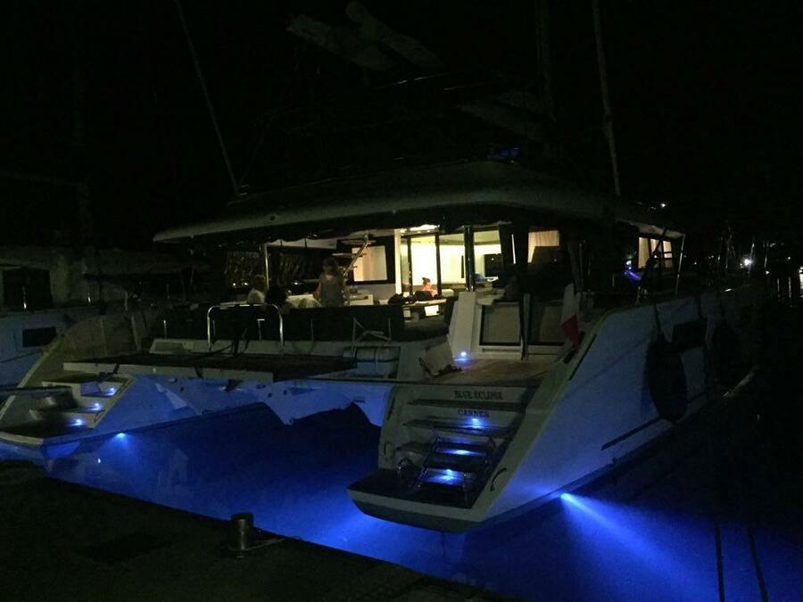 Lagoon 620 (Blue Eclipse)  - 32