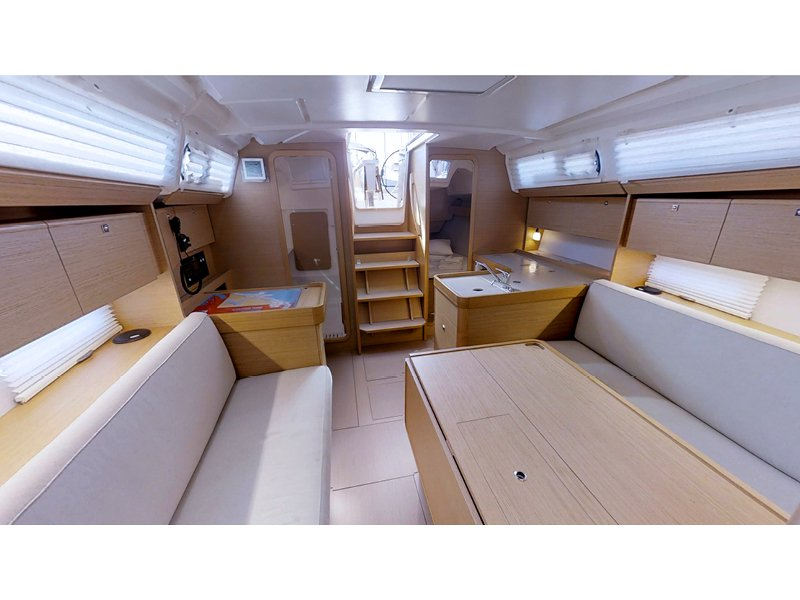 Dufour 360 Grand Large (Lola) Interior image - 4