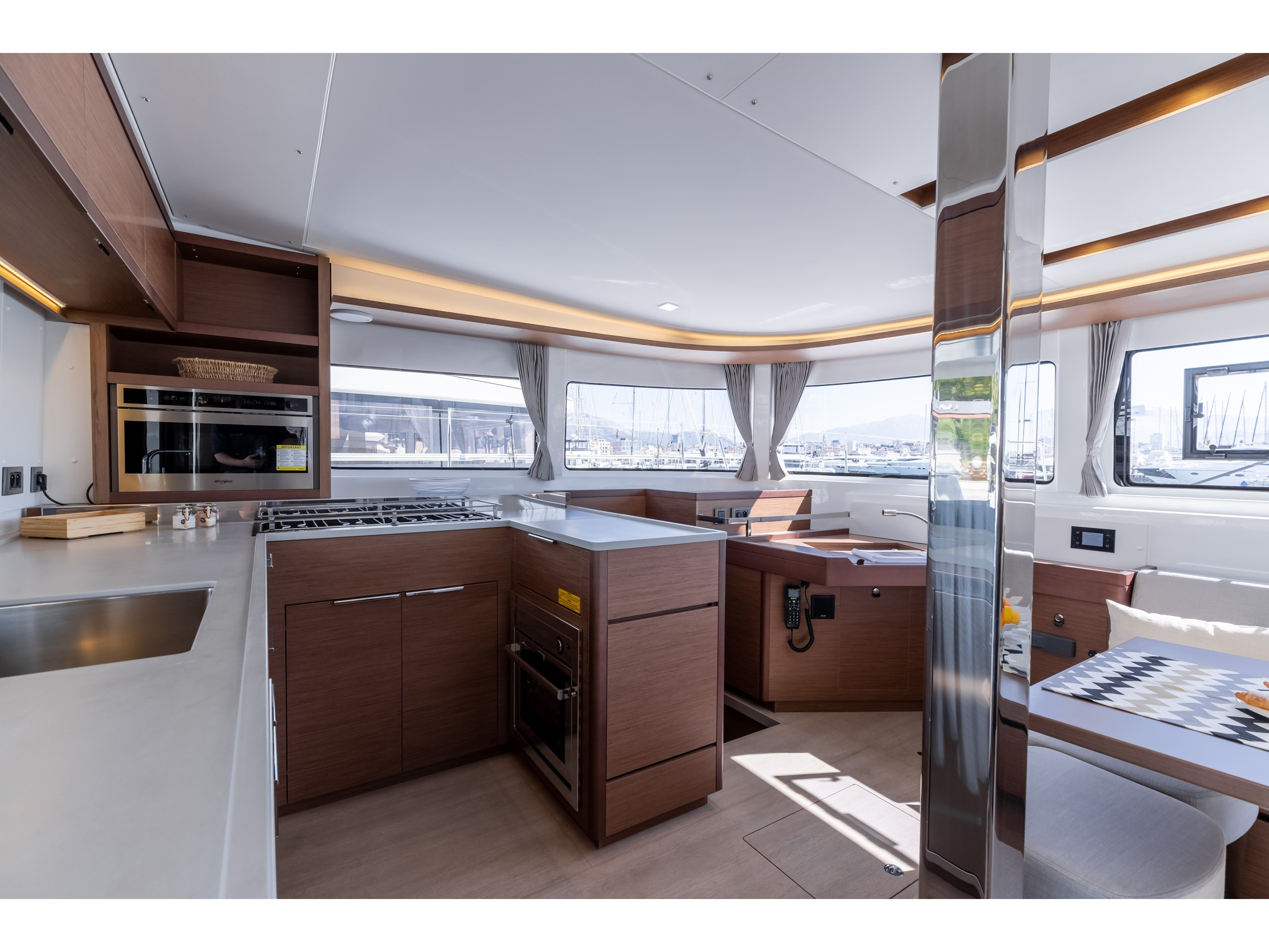 Lagoon 46 (2020) equipped with generator, A/C (sal (HANGOVER) Interior image - 24