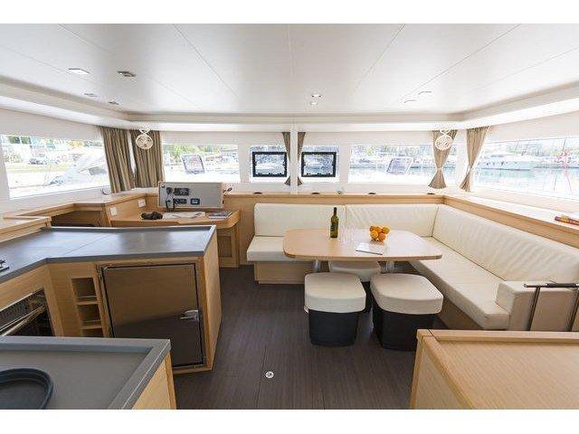 Lagoon 450  Flybridge (NEMESIS) Interior image - 15
