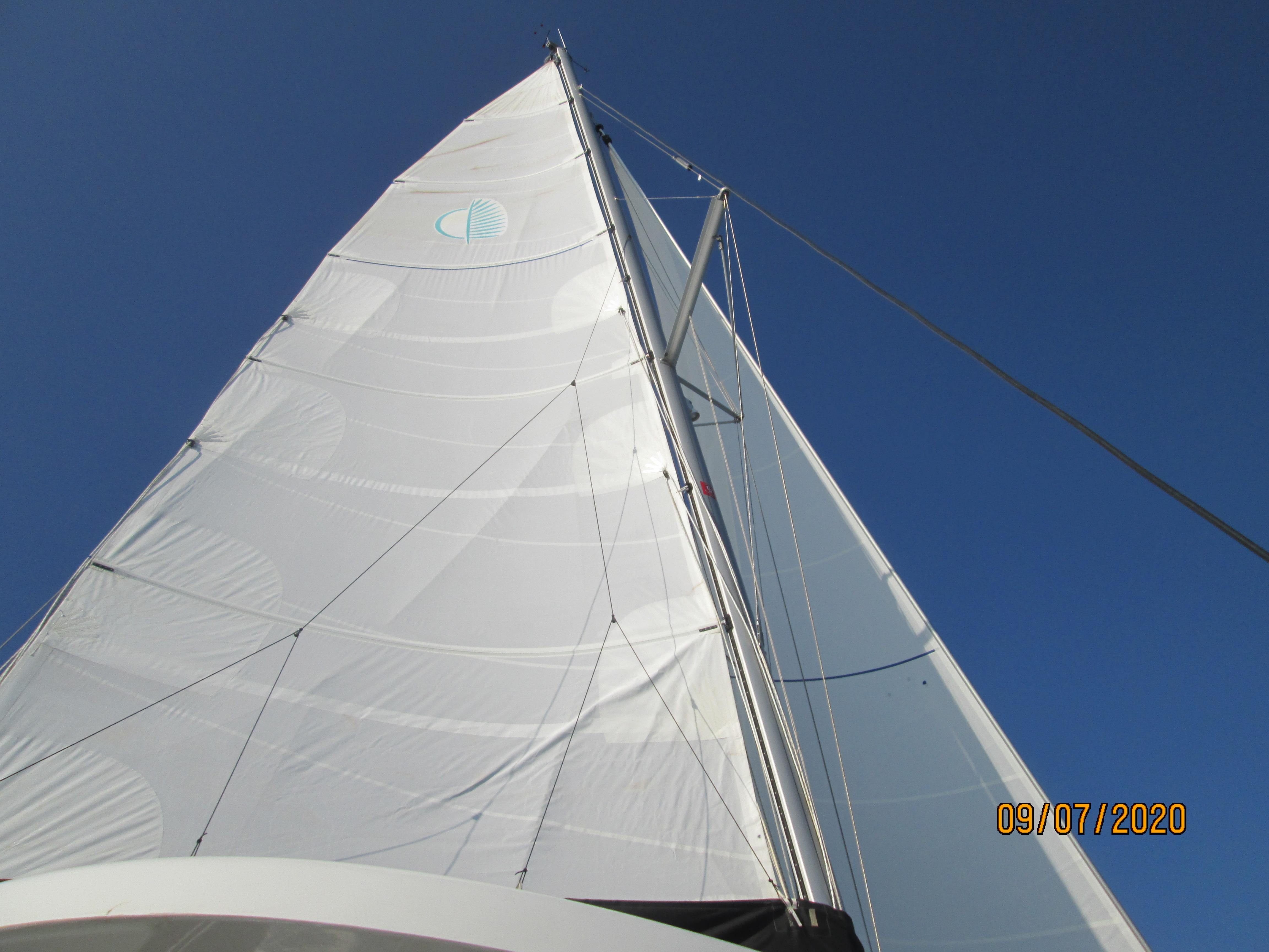 Lagoon 42 (Aria)  - 1