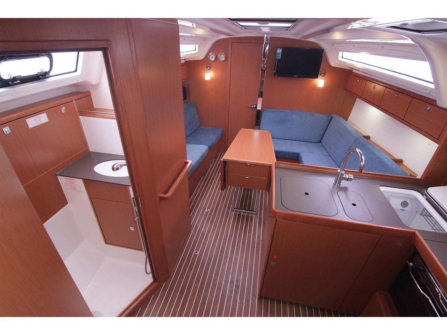 Bavaria Cruiser 37 (JUGO) Interior image - 5