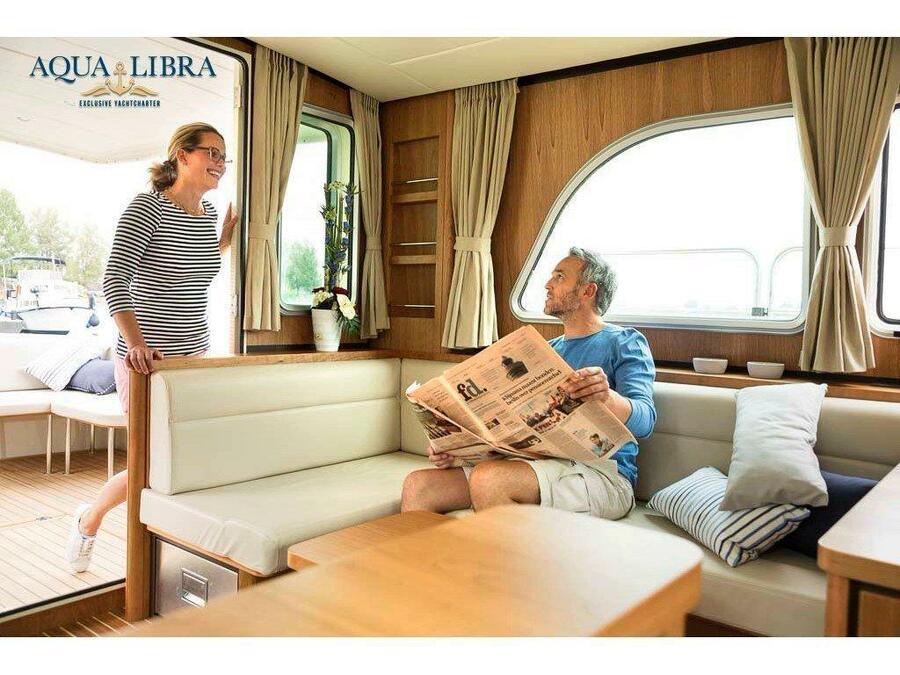 Linssen Grand Sturdy 40.0 Sedan (Beluga) Interior image - 2