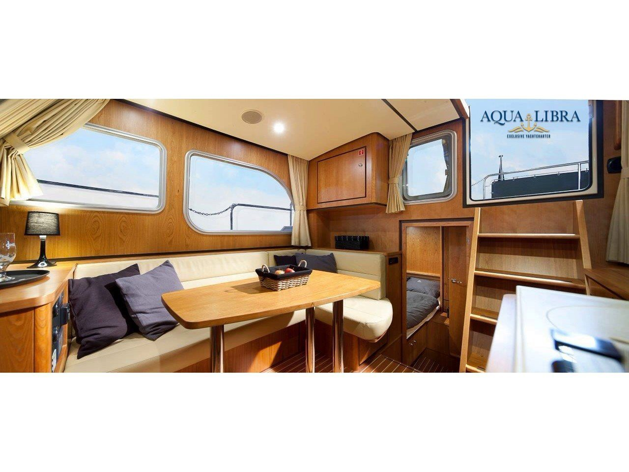 Linssen GS 30.9 AC (Luna Louise) Interior image - 2